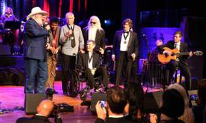 2016-Country-Music-Hall-of-Fame-Medallion-Ceremony-5