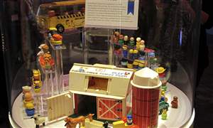 Toy-Hall-of-Fame-19