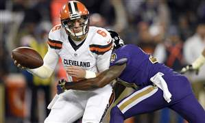 Browns-Ravens-Football-25