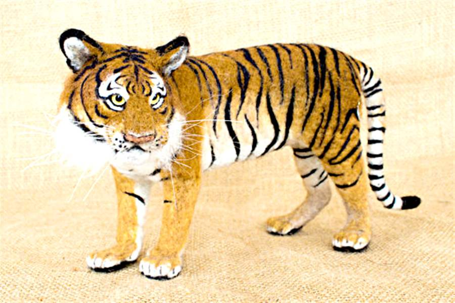 TIGER-needle-felted-tiger