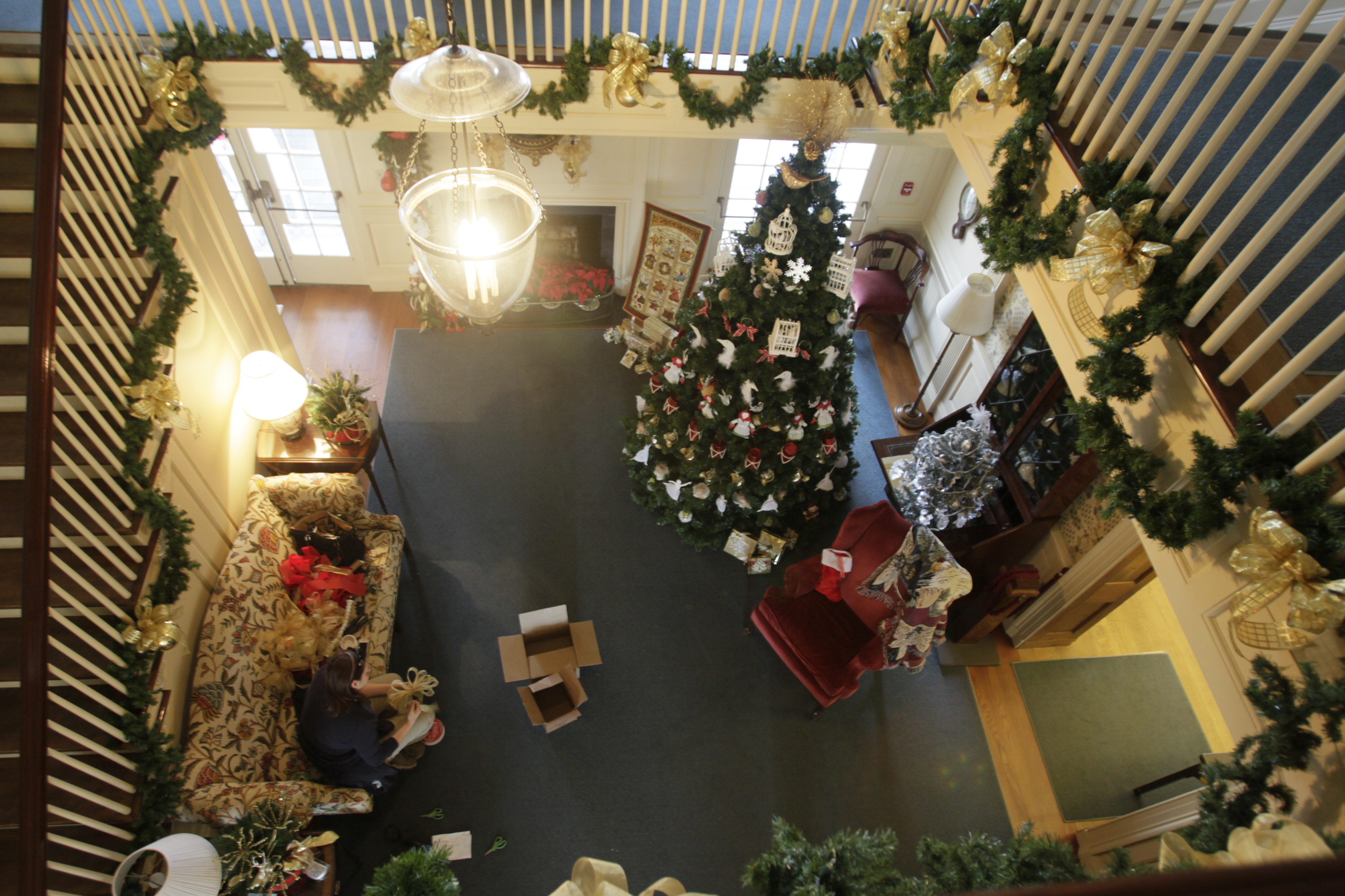 Holidays In Manor House To Ring In Christmas The Blade