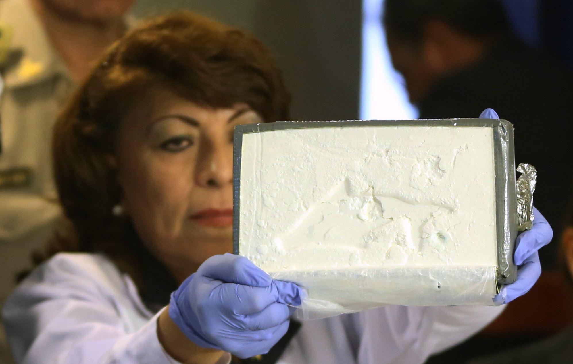 court  prosecutors must prove weight of cocaine  u2014 not