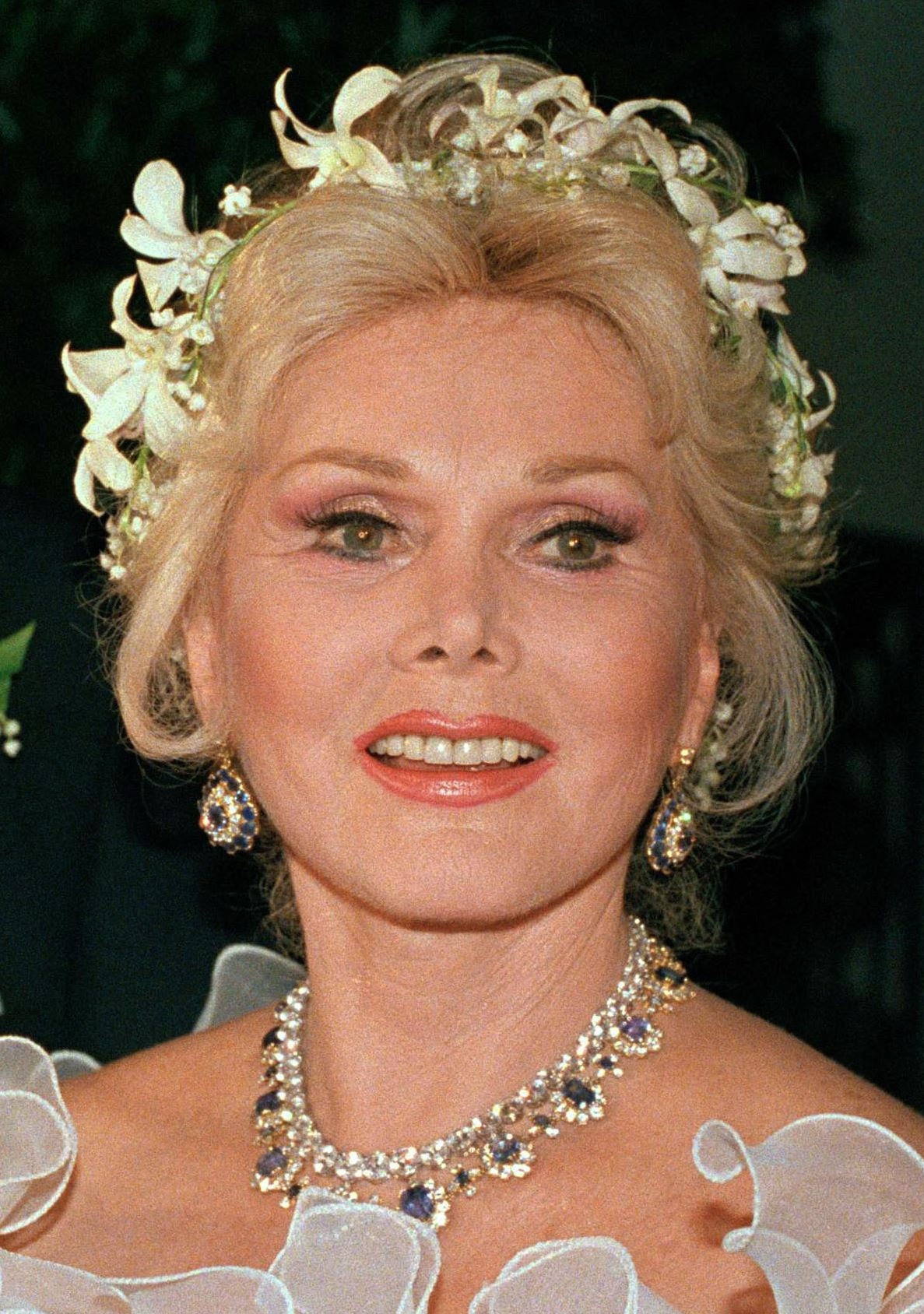 Zsa Zsa Gabor 39 S Life Glamour Honored At Funeral Mass