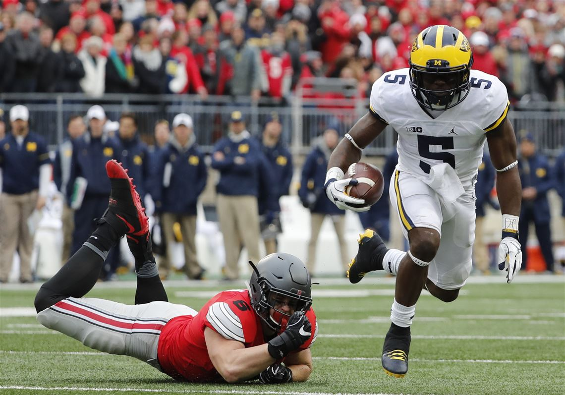 1f41f424064 Michigan s Jabrill Peppers skips away from Ohio State s Sam Hubbard during  the second quarter Nov.