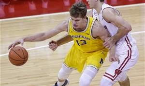 Michigan-Wisconsin-Basketball-11