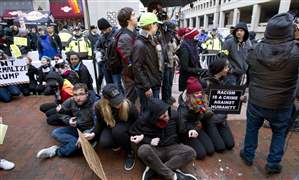 Trump-Inauguration-Protests-sitting