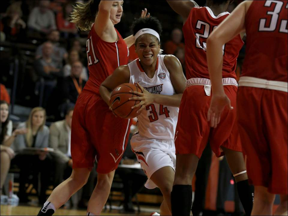 BGSU's Ashley Tunstall drives.