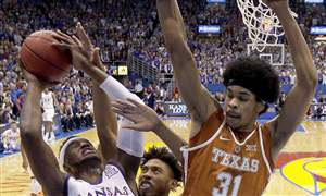 Texas-Kansas-Basketball