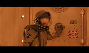 HOLLYWOOD-WATCH-ASA-BUTTERFIELD-1-The-Space-Between-Us