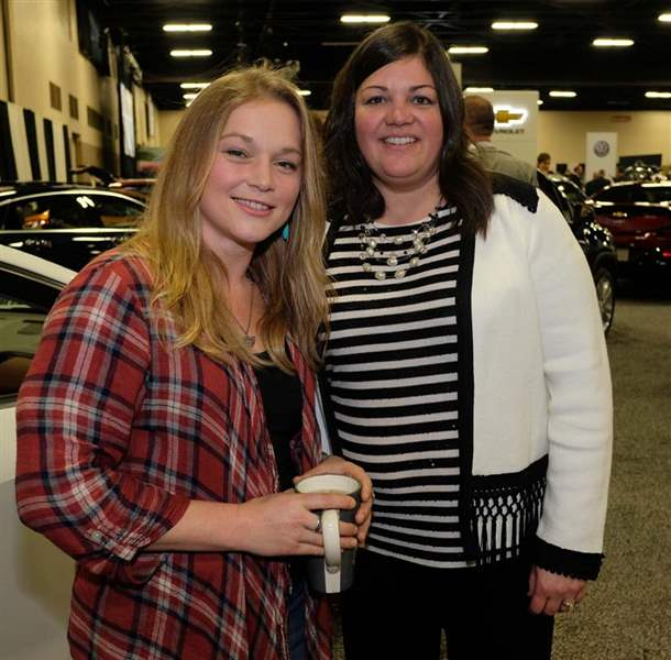 CTY-autogala25p-Crystal-Bowersox-and-Andrea-Musselman