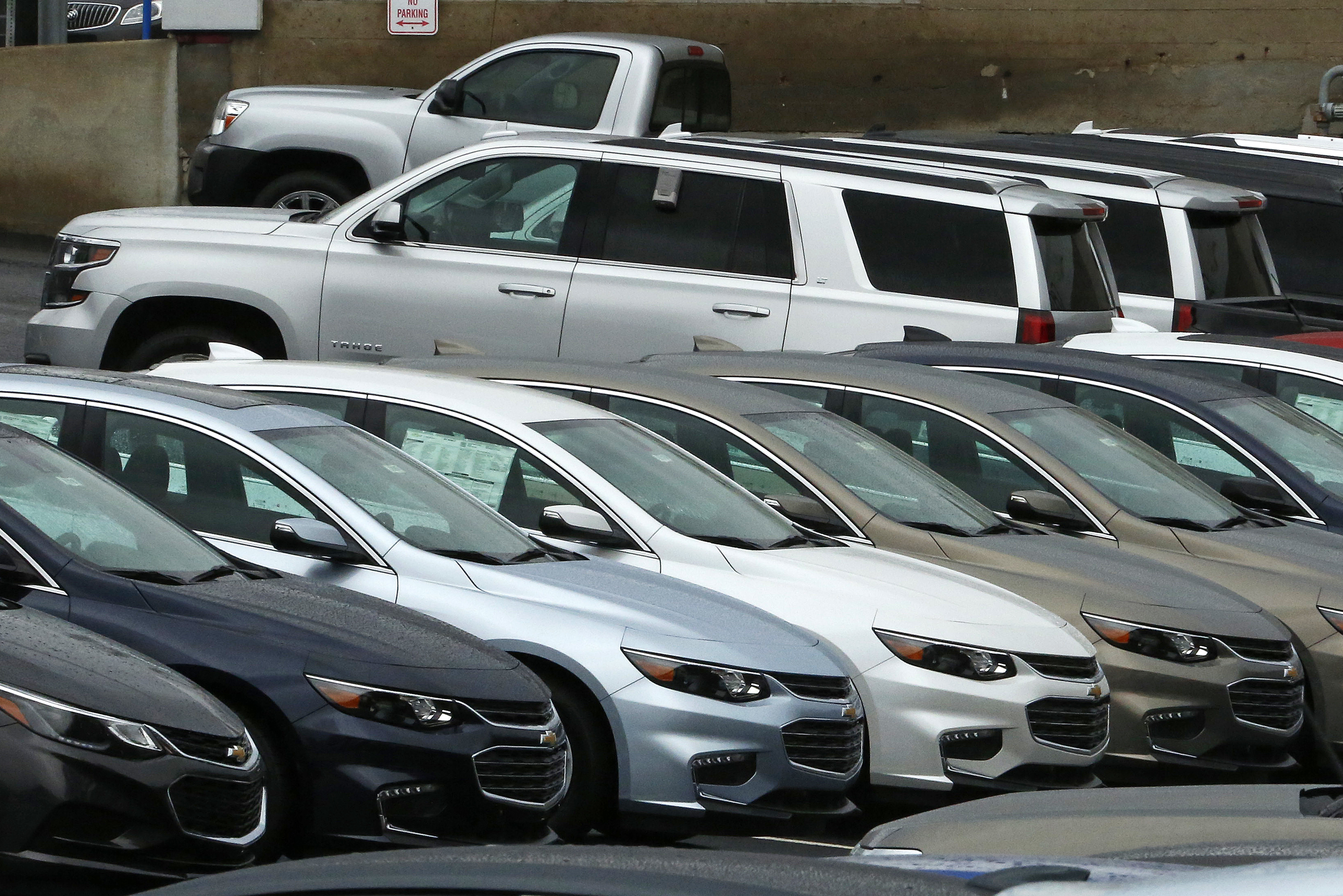 Ford GM report strong Sept U S sales Fiat Chrysler down The Blade