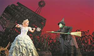 Wicked-glinda-vs-elphaba
