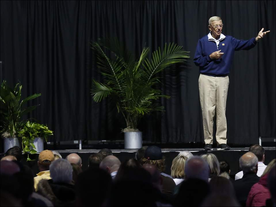 Former Notre Dame football coach and sports analyst Lou Holtz speaks during the Critical ConneXions event at the Huntington Center in Toledo.