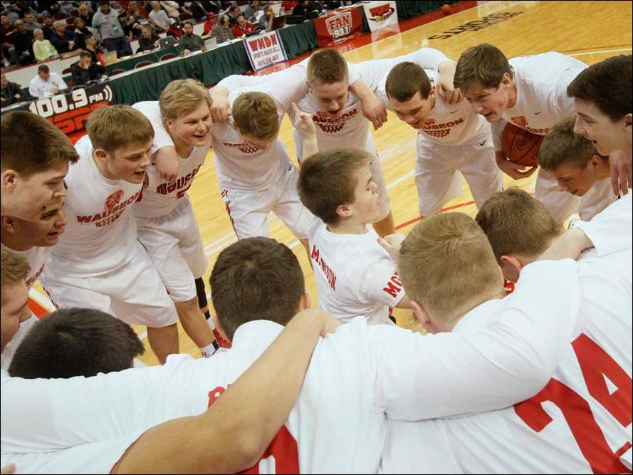 Wauseon's pumps up before the start of the Division II state championship semifinal matchup against Eastmoor Academy.