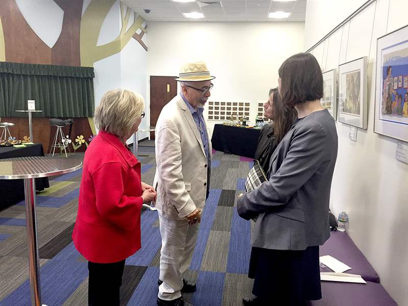 Kathryn Fell Development Coordinator Of The Toledo Lucas County Library Greets Juan Felipe Herrera Along With Carole Elchert Findlay And Renee Goubeaux