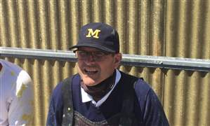 Harbaugh-paintball-rolwand