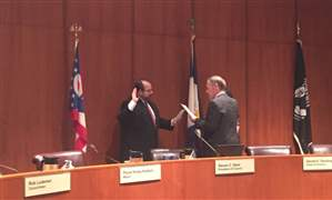Kurt-Young-sworn-in-at-toledo-city-council
