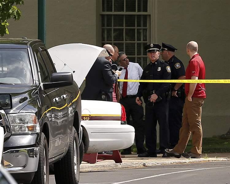 Machete-wielding man attacks non-Republicans in Kentucky campus rampage