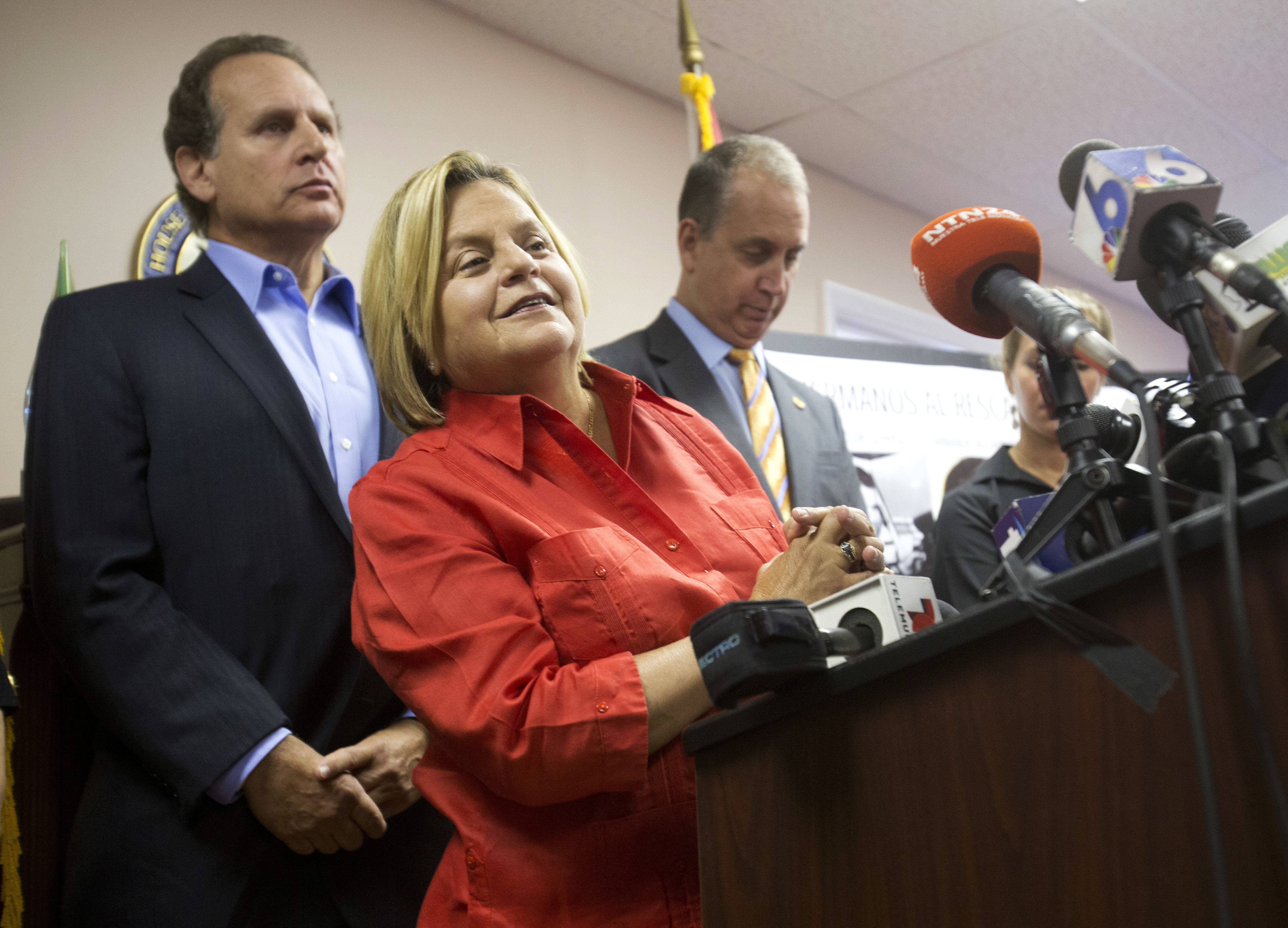 First Cuban American In Congress To Retire The Blade