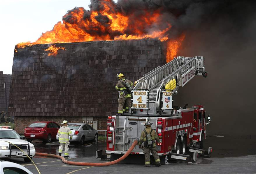 Andover-Apartments-fireFlames