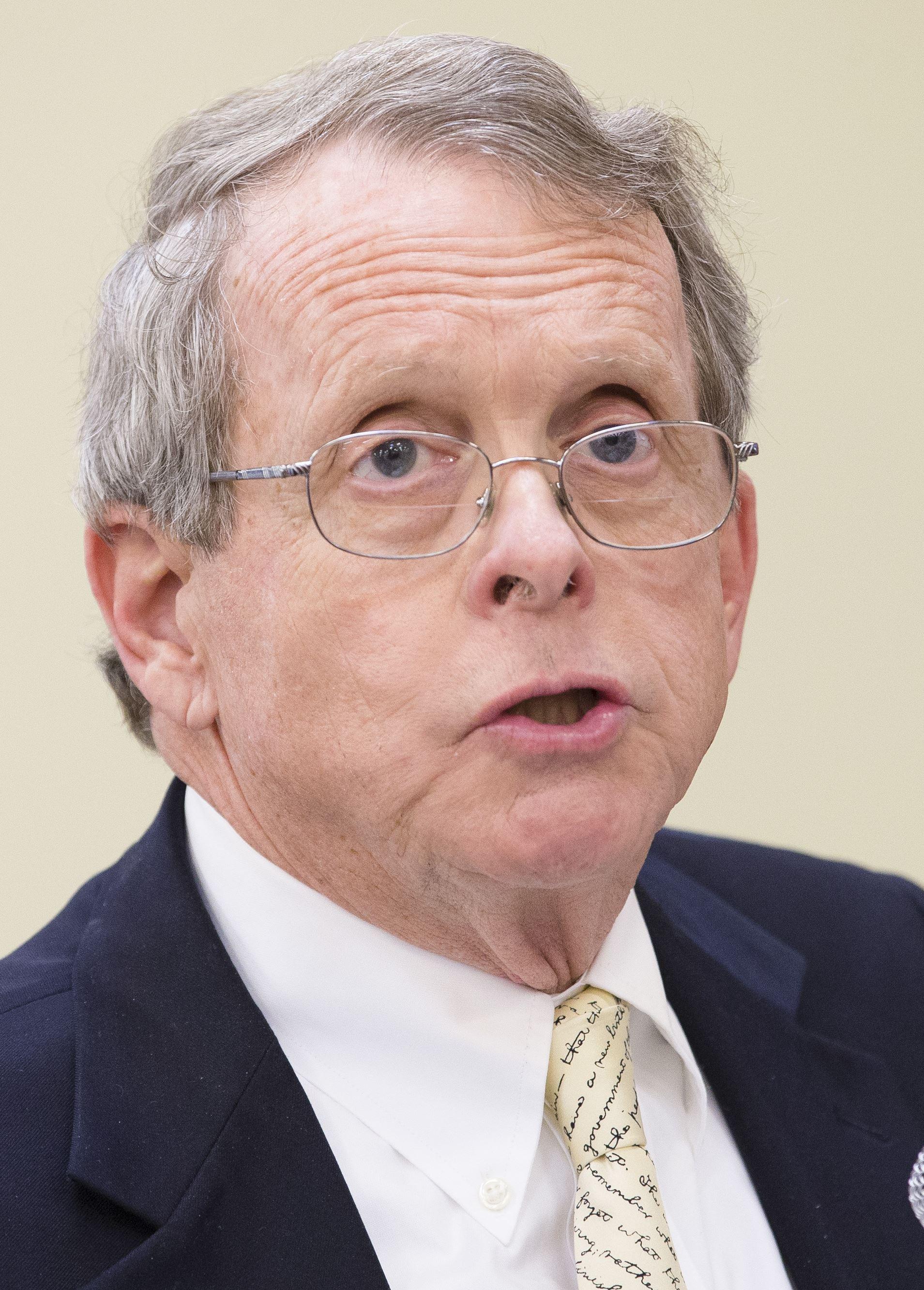 ohio attorney general dewine sues 5 drugmakers over opiate crisis