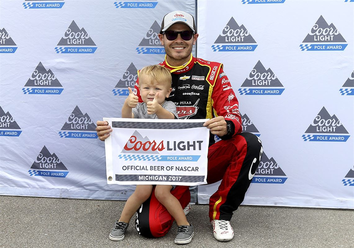 Larson takes pole for Sunday at MIS | Toledo Blade