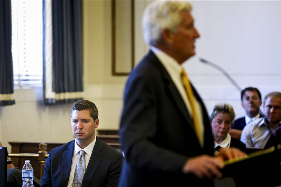 Jury deadlocks in OH police officer's murder case retrial