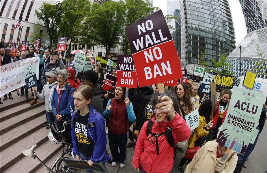 Lawyers, Protesters Gear Up as Revised Travel Ban is Reinstated