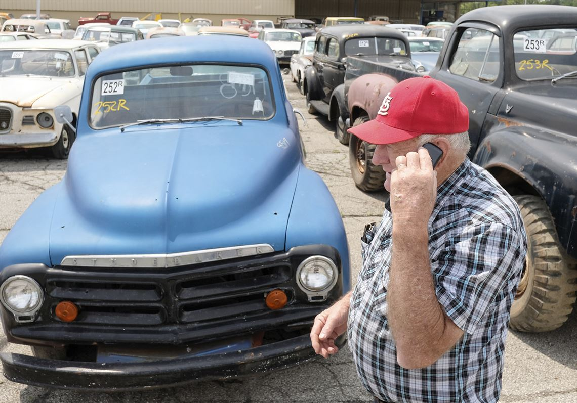 Over 700 Vehicles At Norwalk Man S Ultimate Garage Sale Toledo Blade