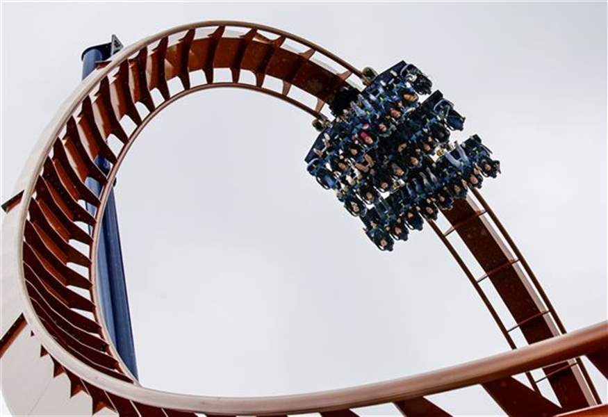 Janus Capital Management LLC Raises Stake in Cedar Fair, LP