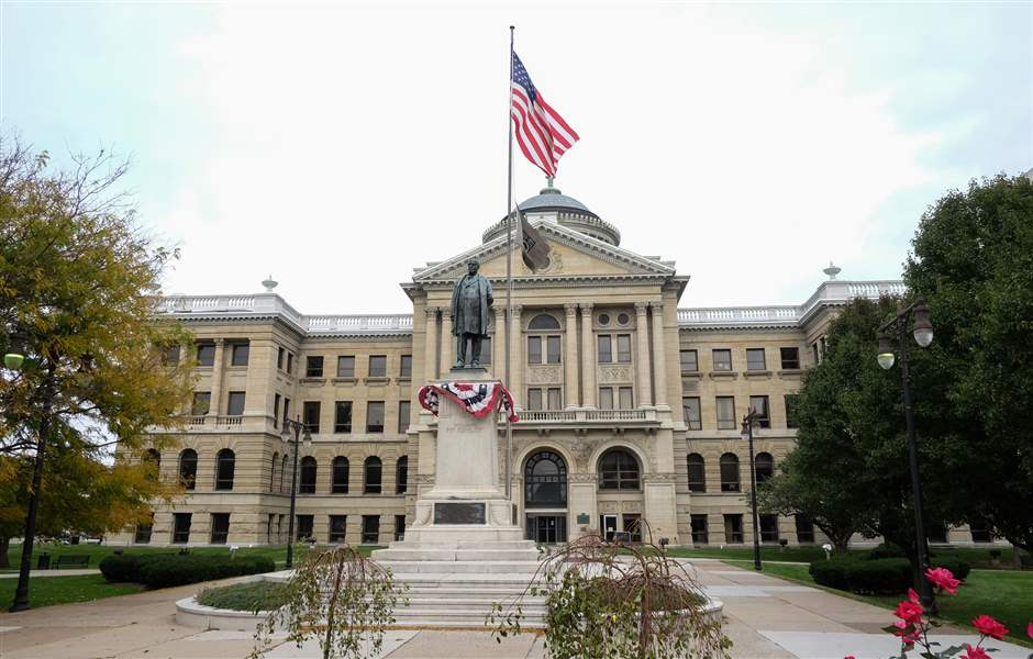 Lucas-county-courthouse-2