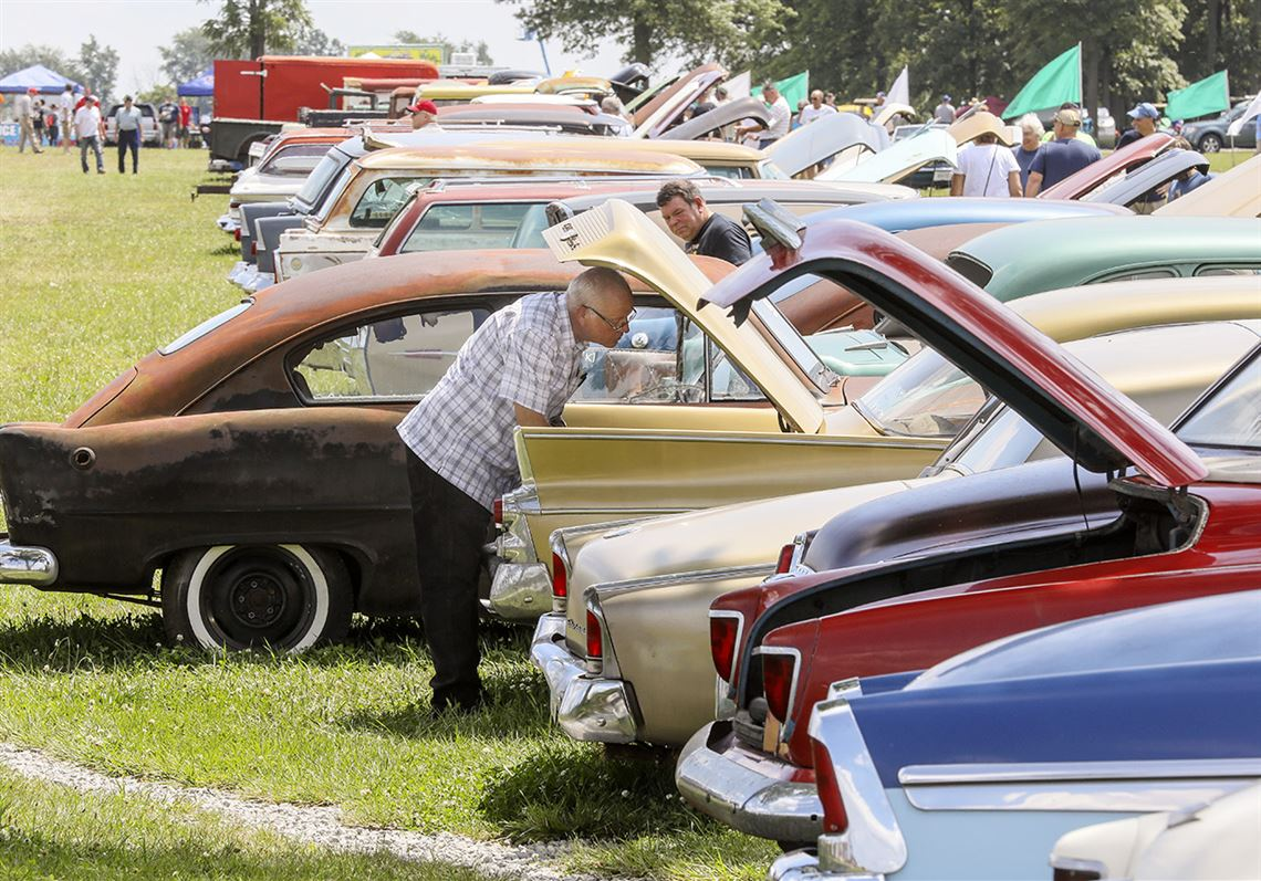 Norwalk Car Auction Drawing Enthusiasts From All Over Toledo Blade