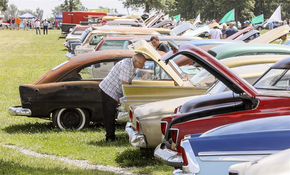 Norwalk car auction drawing enthusiasts from all over - The Blade