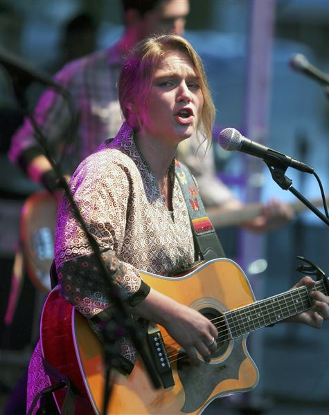 Crystal Bowersox, Dan Band to play Uptown next weekend