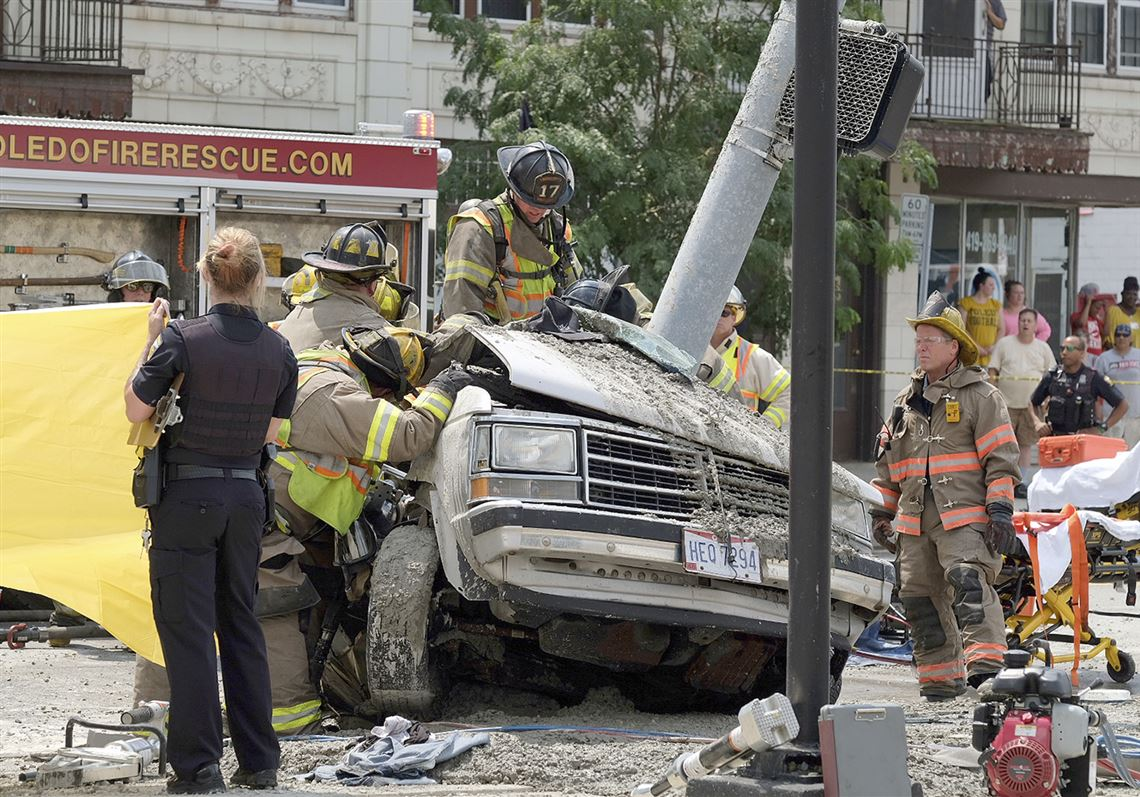 19-year-old killed in West Toledo crash with cement truck | Toledo Blade