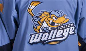 SPT-walleye-mugs-20986217-JPG