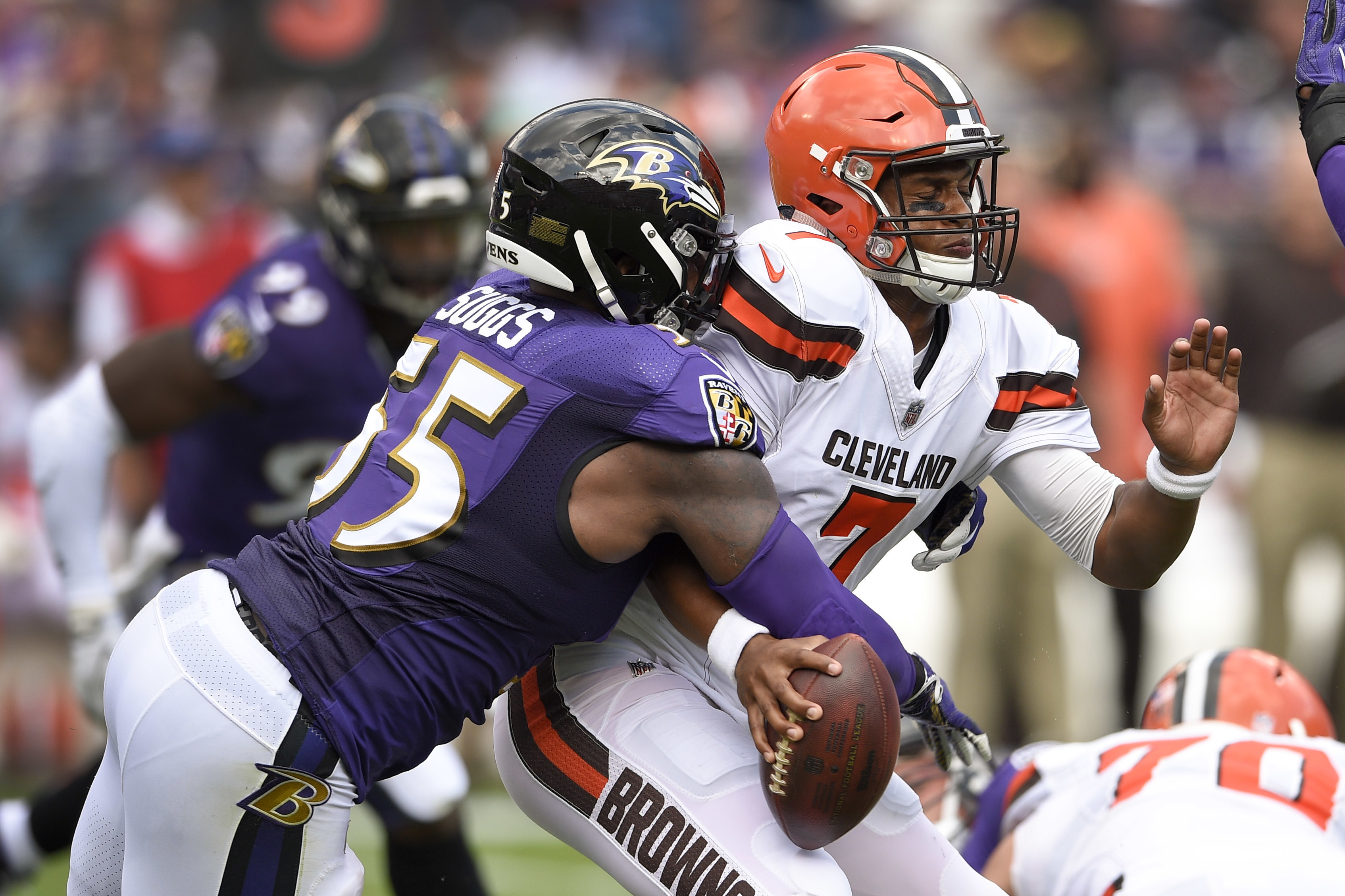 Ravens force 5 turnovers as Browns lose 24 10 The Blade