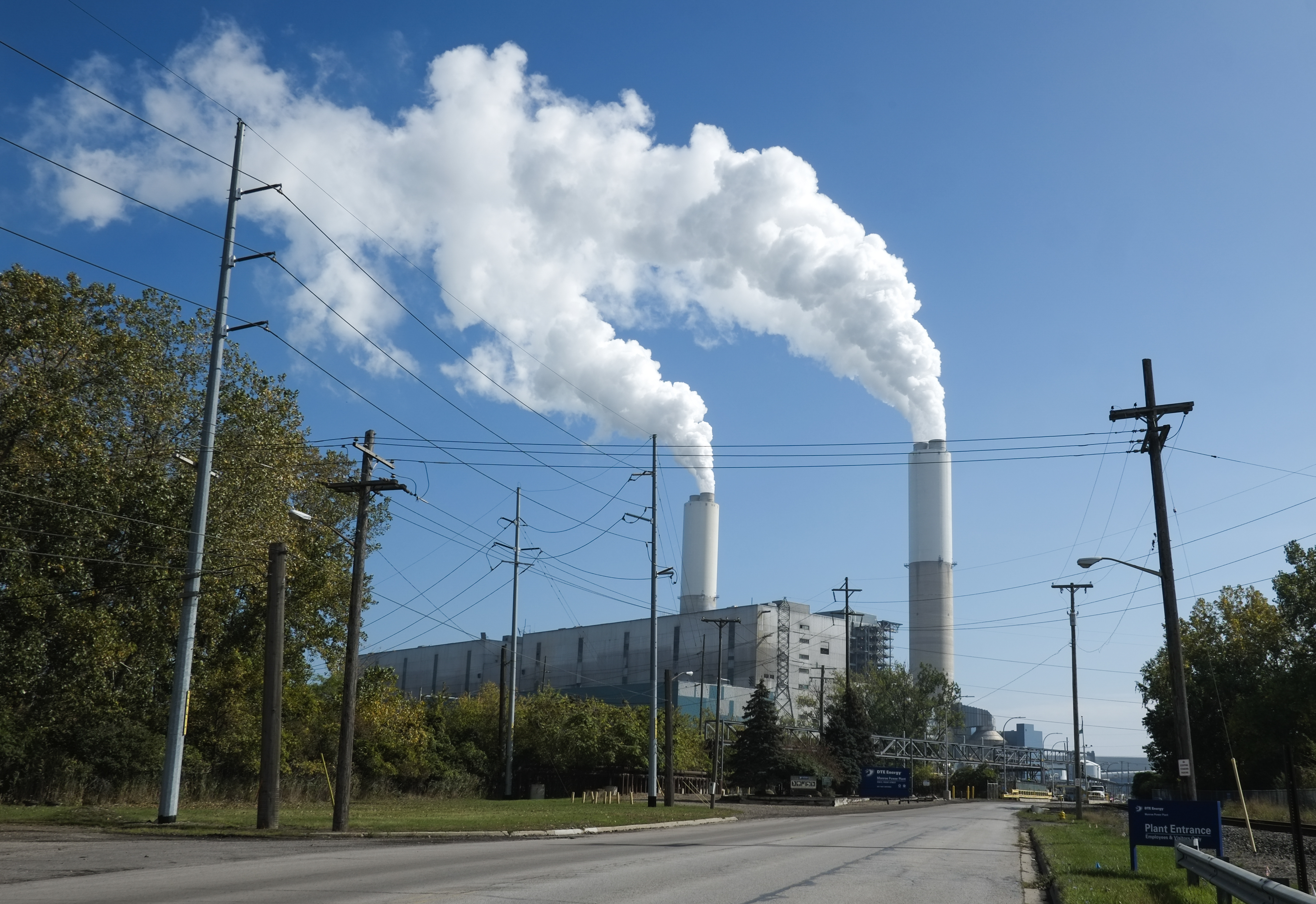 Industry Leaders Say Coal Fired Power Plants Becoming