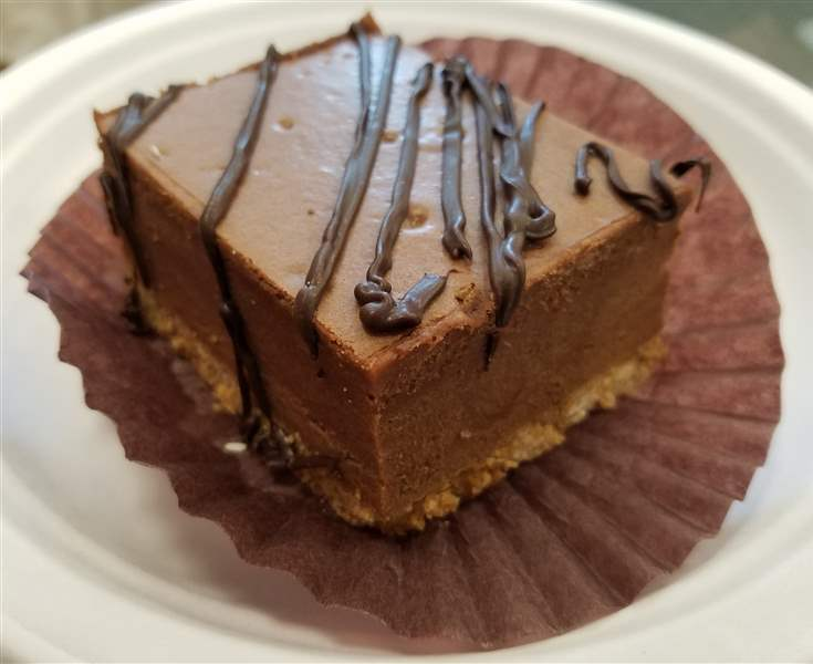 Chocolate-cheesecake-at-So-Sweet-Lebanese-and-French-Pastries