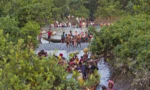 APTOPIX-Bangladesh-Myanmar-Attacks-8