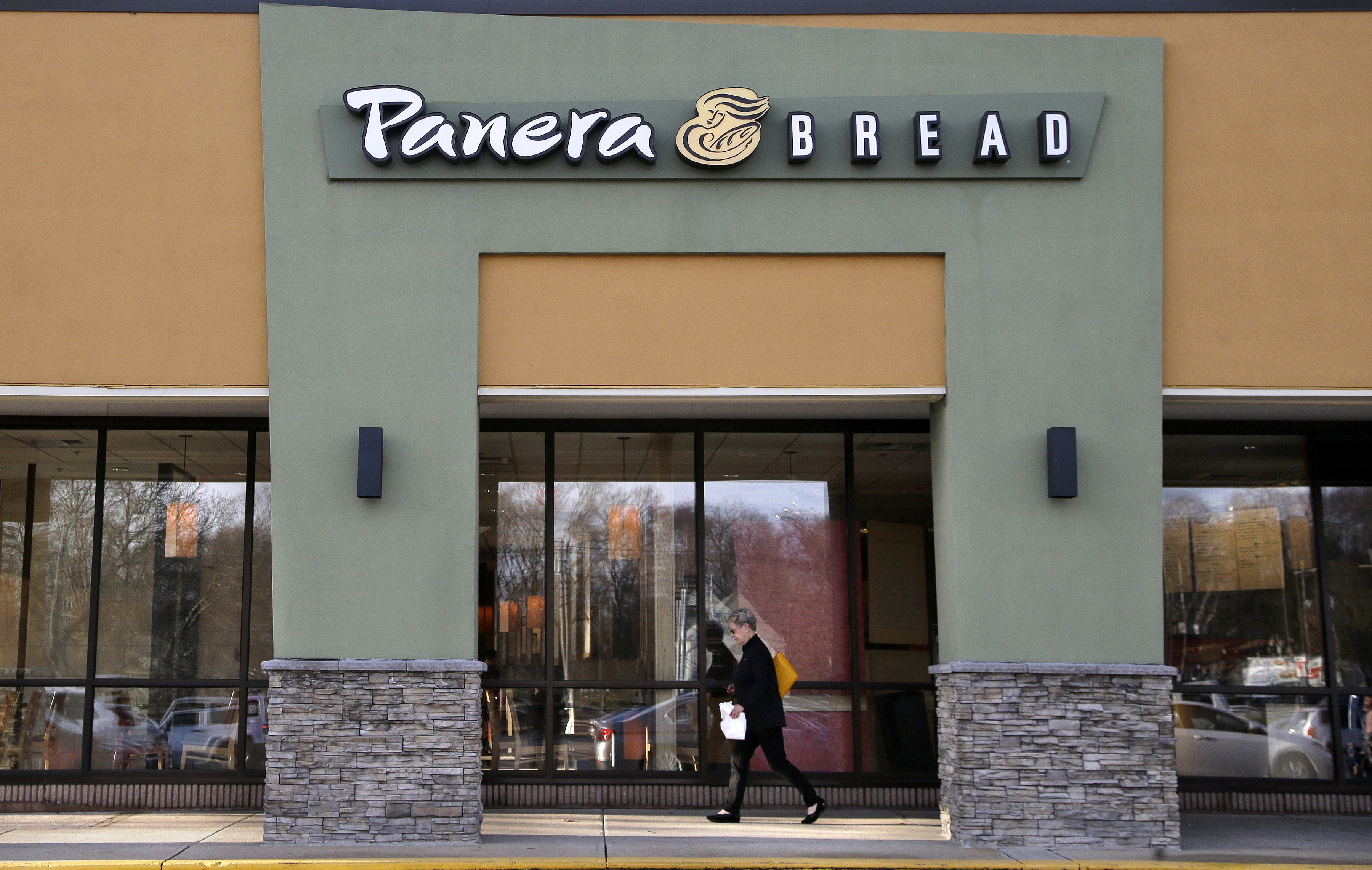 Panera Founder To Step Down As CEO; Company Buys Au Bon