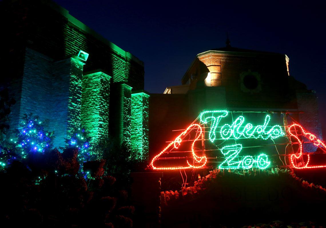 toledo zoo lights 2020