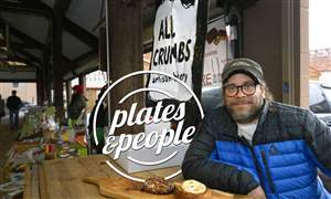 NS-Plates-People-All-Crumbs