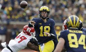 Michigan-Wisconsin-Football-13