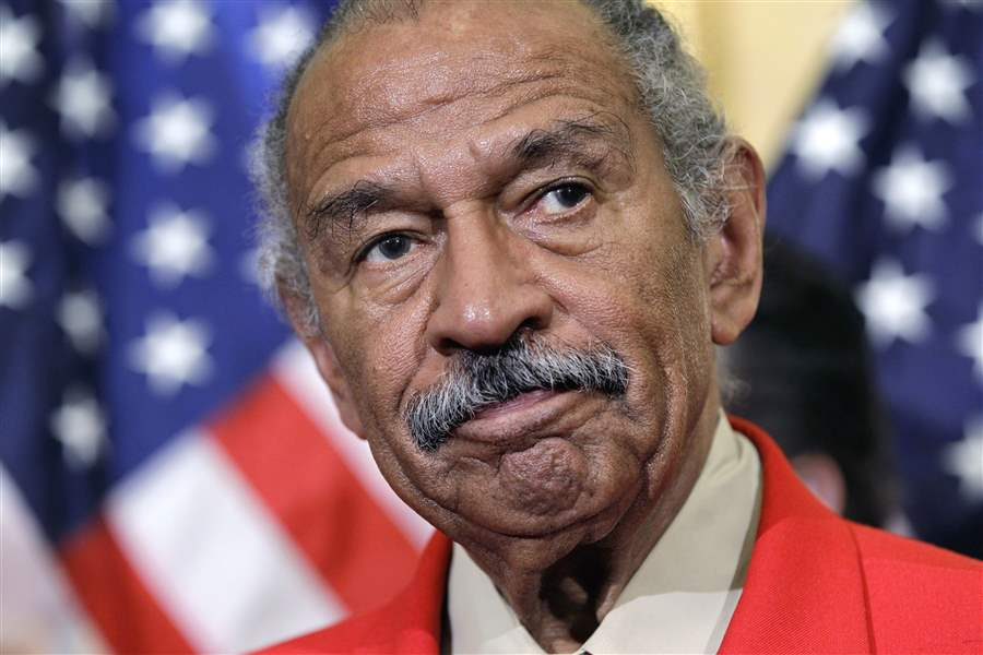 Pelosi declines to call for Conyers' resignation