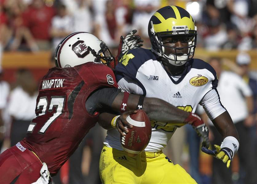 MI football to play SC in Outback Bowl