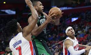 Celtics-Pistons-Basketball-17