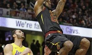 APTOPIX-Lakers-Cavaliers-Basketball