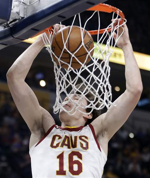 NBA ROUND UP: Cavaliers blow 22-point lead in third straight loss