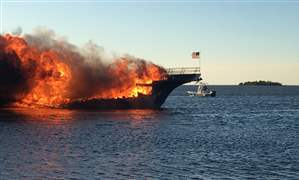 Casino-Shuttle-Boat-Fire